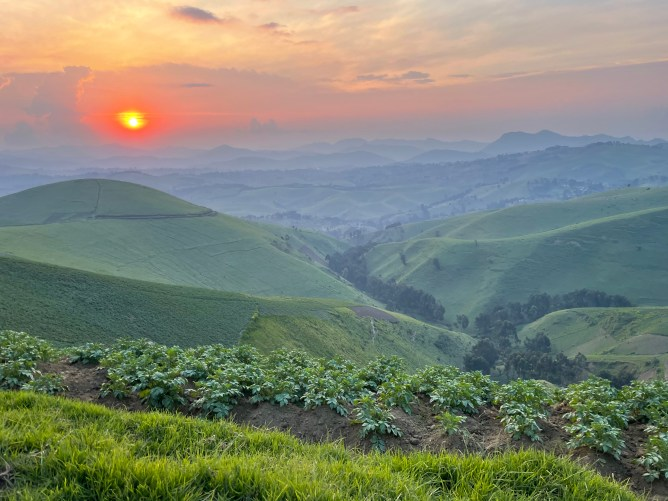 best things to do in congo masisi